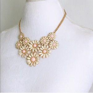daisy statement bib necklace